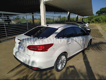 Ford Focus Sedan 2.0L Titanium Aut usado (2016) color Blanco Oxford precio $940.000