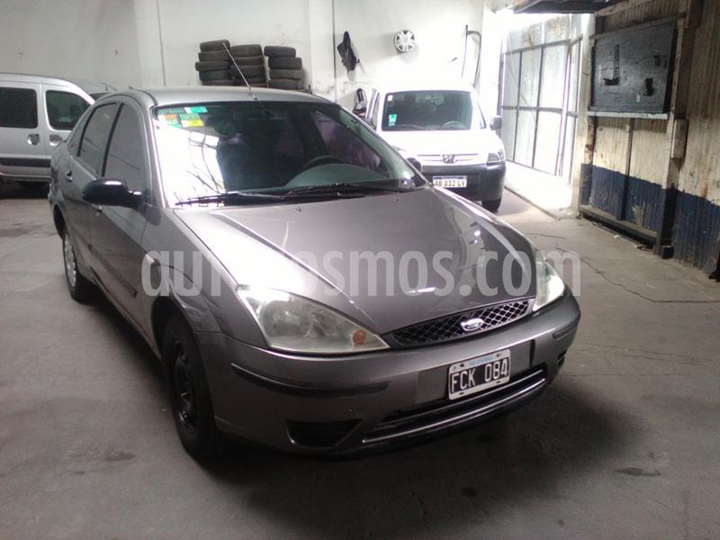 Ford Focus Sedan Ambiente 1.6 usado (2005) color Gris Oscuro precio $405.000