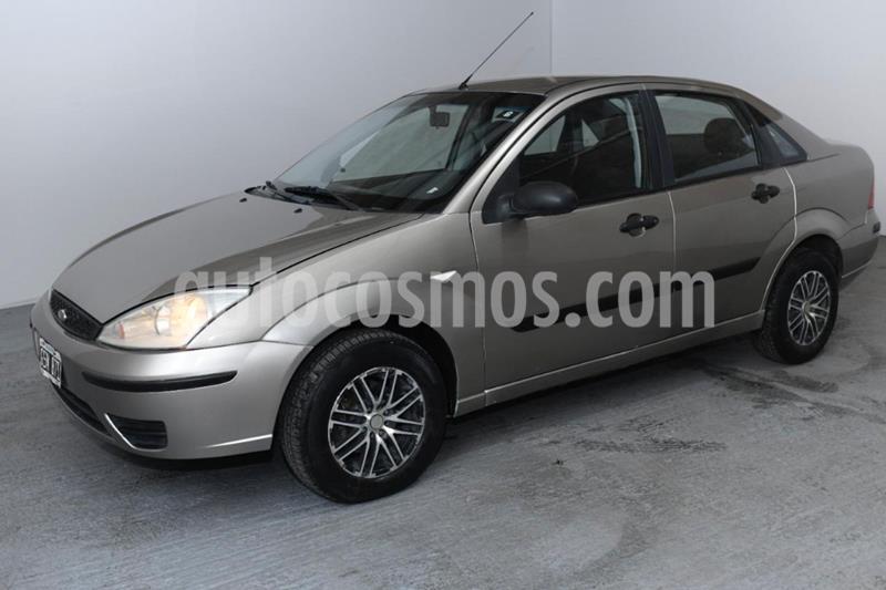 Ford Focus Sedan Ambiente 1.6 usado (2007) color Dorado precio $365.000