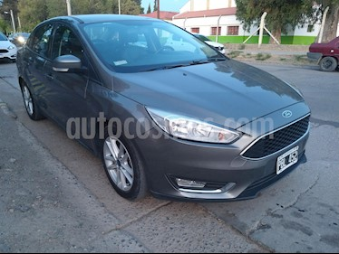 Ford Focus Sedan 2.0L SE usado (2015) color Gris Mercurio precio $780.000