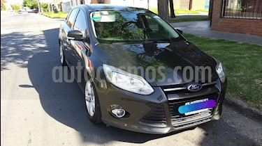 Ford Focus Sedan 2.0L SE usado (2014) color Gris Mercurio precio $500.000
