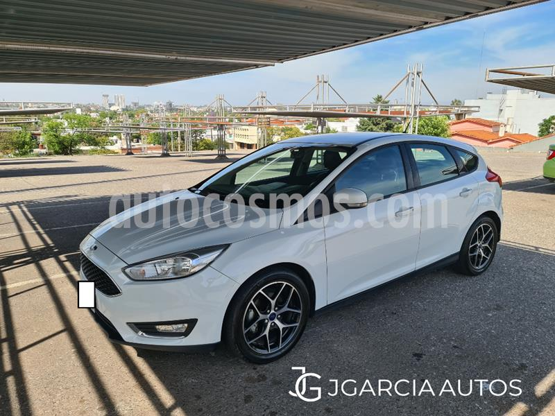 Ford Focus Sedan 2.0L SE usado (2016) color Blanco precio $1.450.000