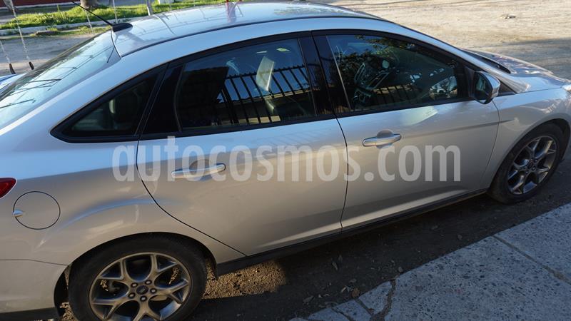 Ford Focus Sedan 2.0L SE Aut usado (2013) color Gris Plata  precio $6.000.000