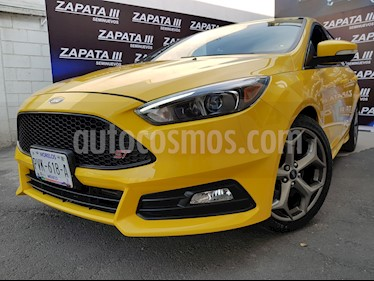 Foto venta Auto usado Ford Focus ST 2.0L (2017) color Amarillo precio $420,000
