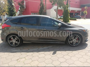 Foto venta Auto usado Ford Focus ST 2.0L (2016) color Gris precio $370,000