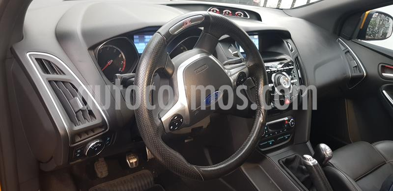 Ford Focus ST 2.0L usado (2014) color Amarillo precio $215,000