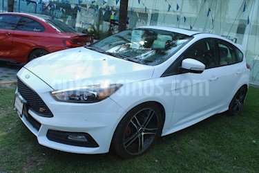Ford Focus ST ST 5 PTAS usado (2016) color Blanco precio $335,000