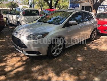 Ford Focus ST ST 5 PTAS usado (2013) color Plata precio $239,000