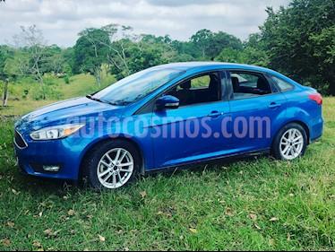 Ford Focus ST 2.0L usado (2015) color Azul precio $160,000