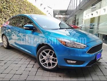 Foto venta Auto usado Ford Focus 4p SE Luxury L4/2.0 Man (2016) color Azul precio $235,000