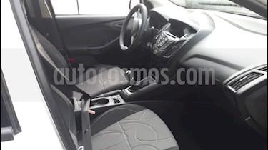 Foto Ford Focus 5P 1.6 S usado (2014) color Blanco precio $460.000