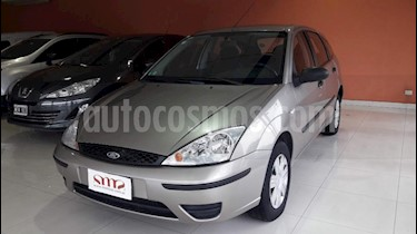 Foto venta Auto usado Ford Focus 5P 1.6L Ambiente  (2007) color Beige precio $217.000