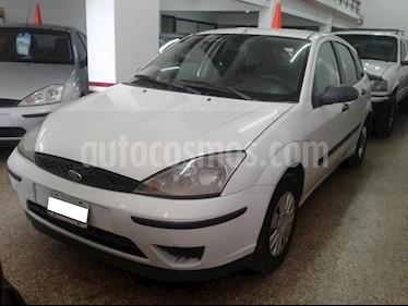 Foto venta Auto usado Ford Focus 5P 1.6L Ambiente  (2007) color Blanco precio $220.000