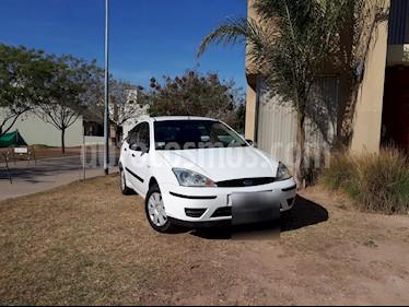 Foto venta Auto usado Ford Focus 5P 1.6L Ambiente  (2008) color Blanco Oxford precio $160.000