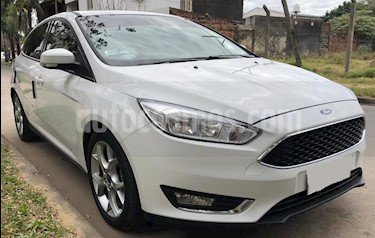 Foto venta Auto usado Ford Focus 5P 2.0L SE Plus Aut (2016) color Blanco Oxford precio $588.000