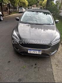 Foto venta Auto usado Ford Focus 5P 2.0L SE Plus (2016) color Gris Mercurio precio $570.000