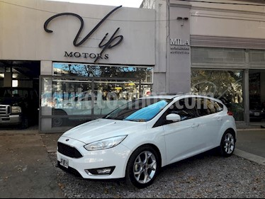 Foto Ford Focus 5P 2.0L SE Plus usado (2016) color Blanco precio $830.000