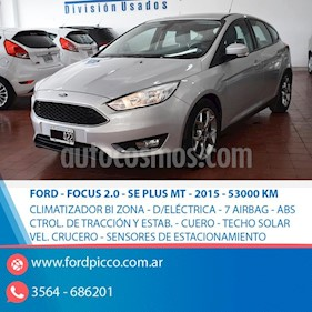 Foto Ford Focus 5P 2.0L SE Plus usado (2015) color Gris Claro