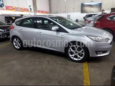 Foto venta Auto usado Ford Focus 5P 2.0L SE Plus (2016) color Gris Claro precio $765.000