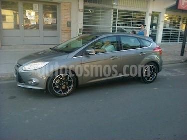 Foto venta Auto Usado Ford Focus 5P 2.0L Titanium (2013) color Beige