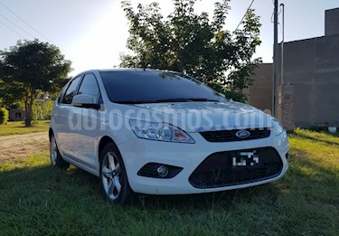 Foto Ford Focus 5P 2.0L Trend Plus usado (2012) color Blanco Oxford precio u$s6.500