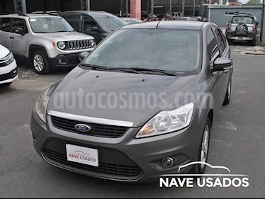 Foto venta Auto Usado Ford Focus 5P 2.0L Trend (2011) color Gris Oscuro