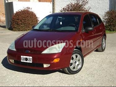 Foto Ford Focus 5P LX usado (2001) precio $110.000
