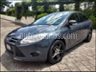 Ford Focus AMBIENTE 4 PTAS TA usado (2014) color Gris Oscuro precio $149,000
