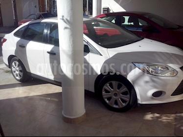 Foto venta Auto Seminuevo Ford Focus Ambiente (2014) color Blanco precio $159,000