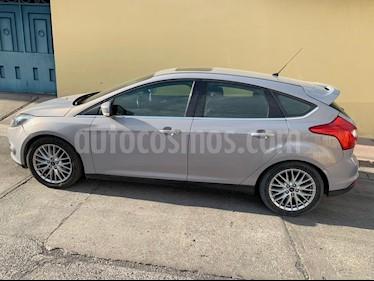 Ford Focus Ambiente usado (2014) color Plata precio $150,000