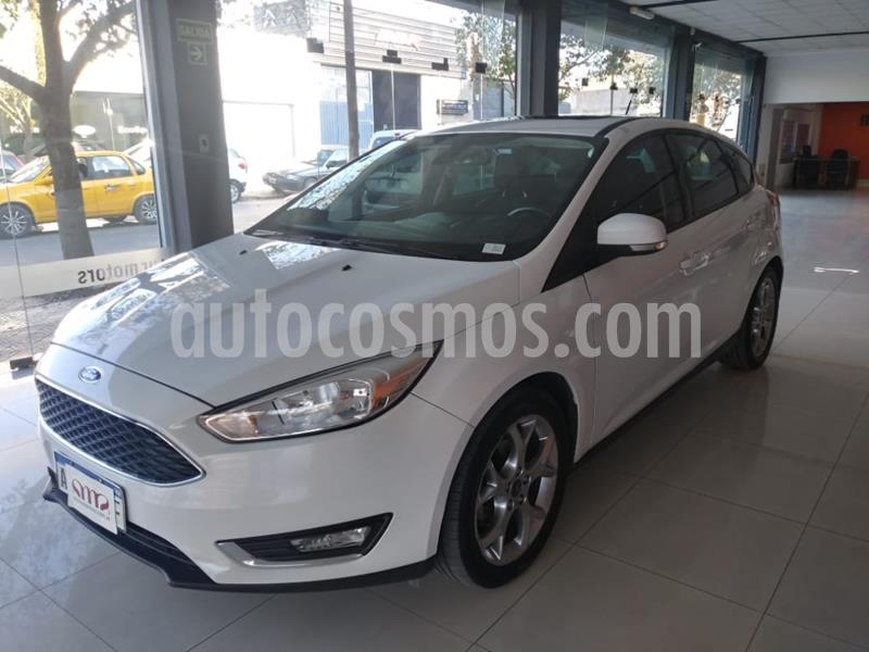 foto Ford Focus 5P 2.0L SE Plus usado (2016) color Blanco precio $1.100.000