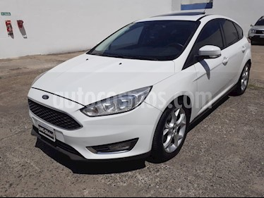 Foto Ford Focus 5P 2.0L SE Plus Aut usado (2015) color Blanco precio $845.000
