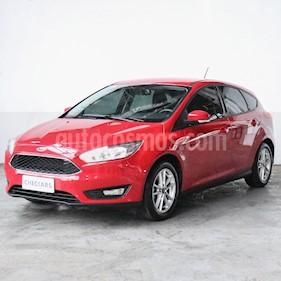 Ford Focus 5P 1.6L S usado (2018) color Rojo precio $1.002.000
