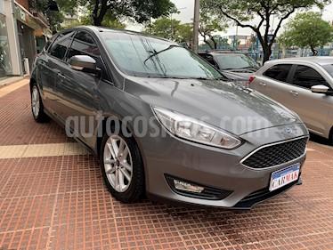 Ford Focus 5P 1.6L S usado (2016) color Gris precio $869.990