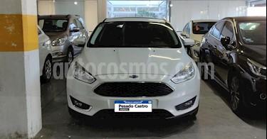 foto Ford Focus 5P 2.0L SE Plus usado (2016) color Blanco precio $820.000