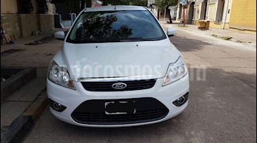 Ford Focus 5P 1.6L Trend usado (2012) color Blanco Oxford precio $378.000