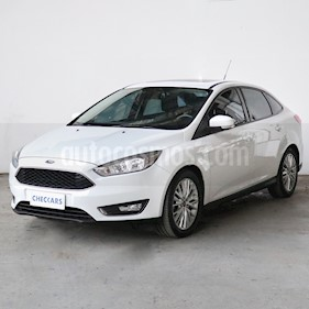 Foto Ford Focus 5P 2.0L SE Plus Aut usado (2016) color Blanco precio $1.080.000