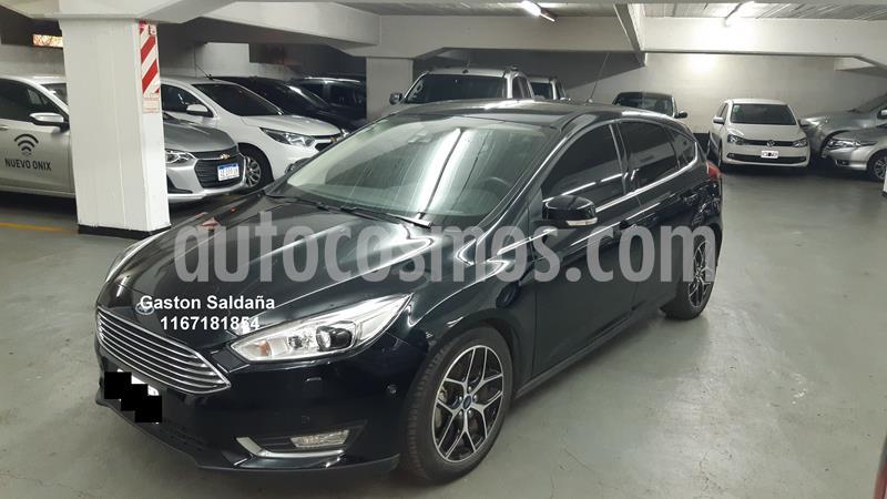 Ford Focus 5P 2.0L Titanium Aut usado (2016) color Negro Perla precio $1.170.000