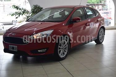 Ford Focus 5P 1.6L S usado (2015) color Rojo precio $791.500
