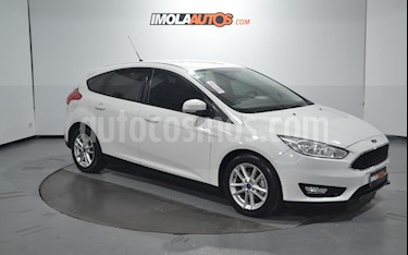 Ford Focus 5P 1.6L S usado (2016) color Blanco Oxford precio $630.000
