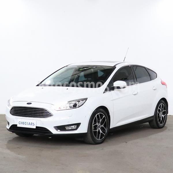 Ford Focus 5P 2.0L Titanium usado (2015) color Blanco precio $1.509.600