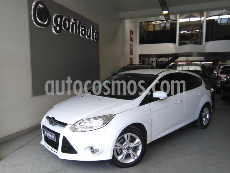 Ford Focus Se usado (2014) color Blanco precio $750.000