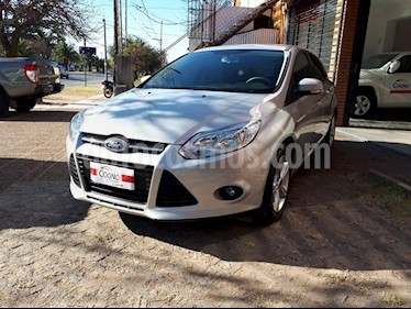 Ford Focus 5P 1.6 S usado (2014) color Gris Claro precio $1.111.111