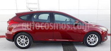 Ford Focus SE Aut usado (2015) color Rojo precio $176,100