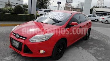 Ford Focus 4p Ambiente L4/2.0 Man usado (2014) color Rojo precio $130,000
