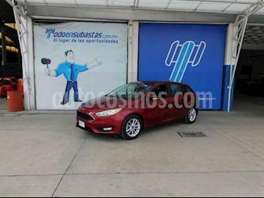 Ford Focus 4p SE L4/2.0 Man usado (2016) color Rojo precio $95,000