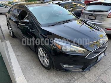 Foto Ford Focus SE 4 PTAS AT usado (2015) color Negro precio $198,000