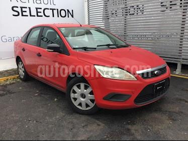 Ford Focus Ambiente usado (2009) color Rojo Mexicano precio $75,000