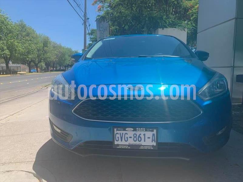 Ford Focus SE 4 PTAS AT usado (2015) color Azul Electrico precio $169,000