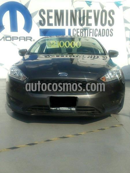 Ford Focus SE Aut usado (2016) color Gris Oscuro precio $210,000